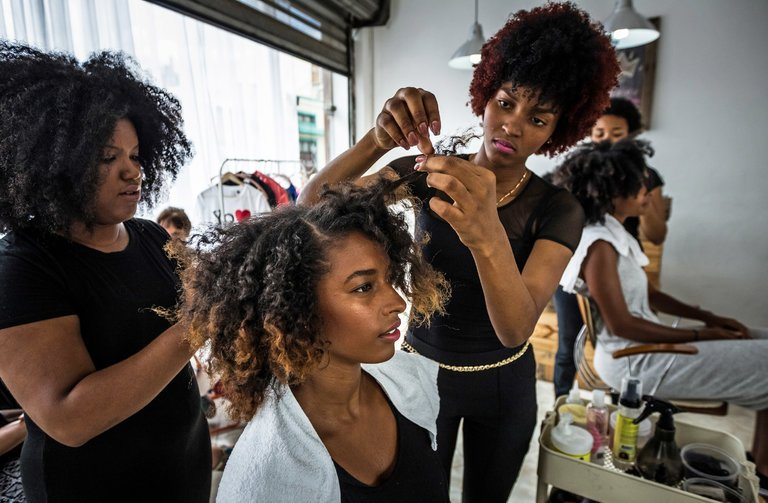 10 Tips For Finding A GREAT Hair Stylist For Natural Hair